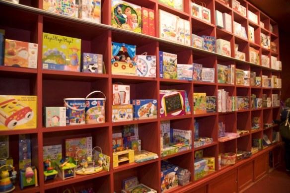 Juguetes y libros educativos en Abracadabra juguetes