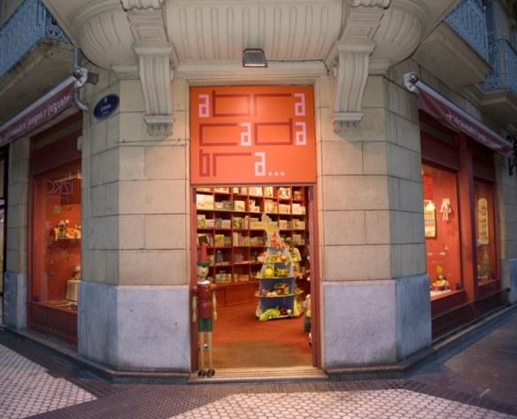 Tienda Abracadabra juguetes Donostia-San Sebastián