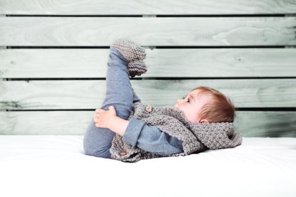 Poncho de punto para niño de Knitnik