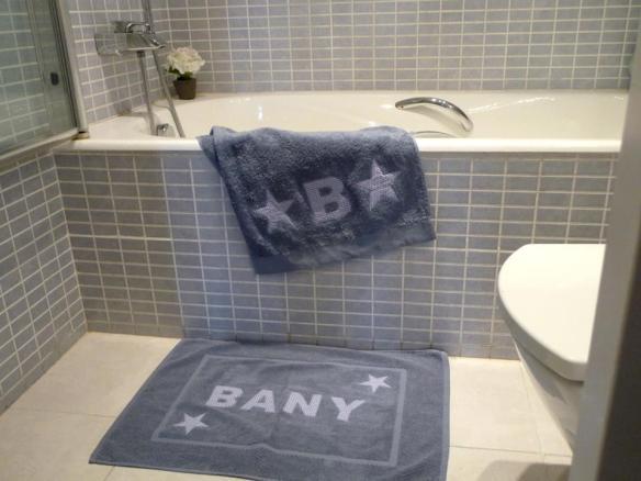 Toalla y alfombra para el baño personalizadas, Bagno di Casa