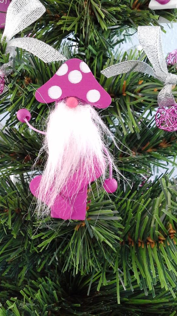 Detalle del arbolito de Navidad Fucsia Navi de Chez Bea