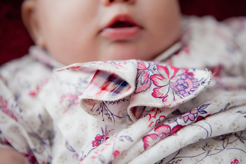 Detalle del look surrealismo niña, ropa para bebés de Bite of love