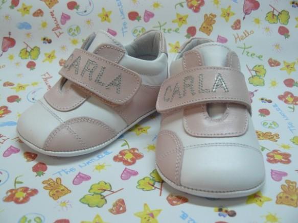 Zapatilla deportiva para niñas, Peukito