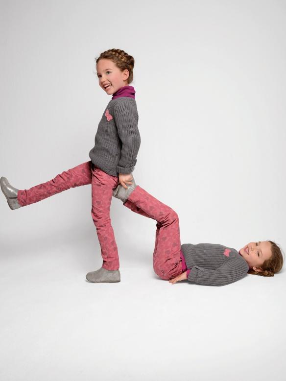 Pantalón indestructible de loneta rosa para niña, de Vertbaudet